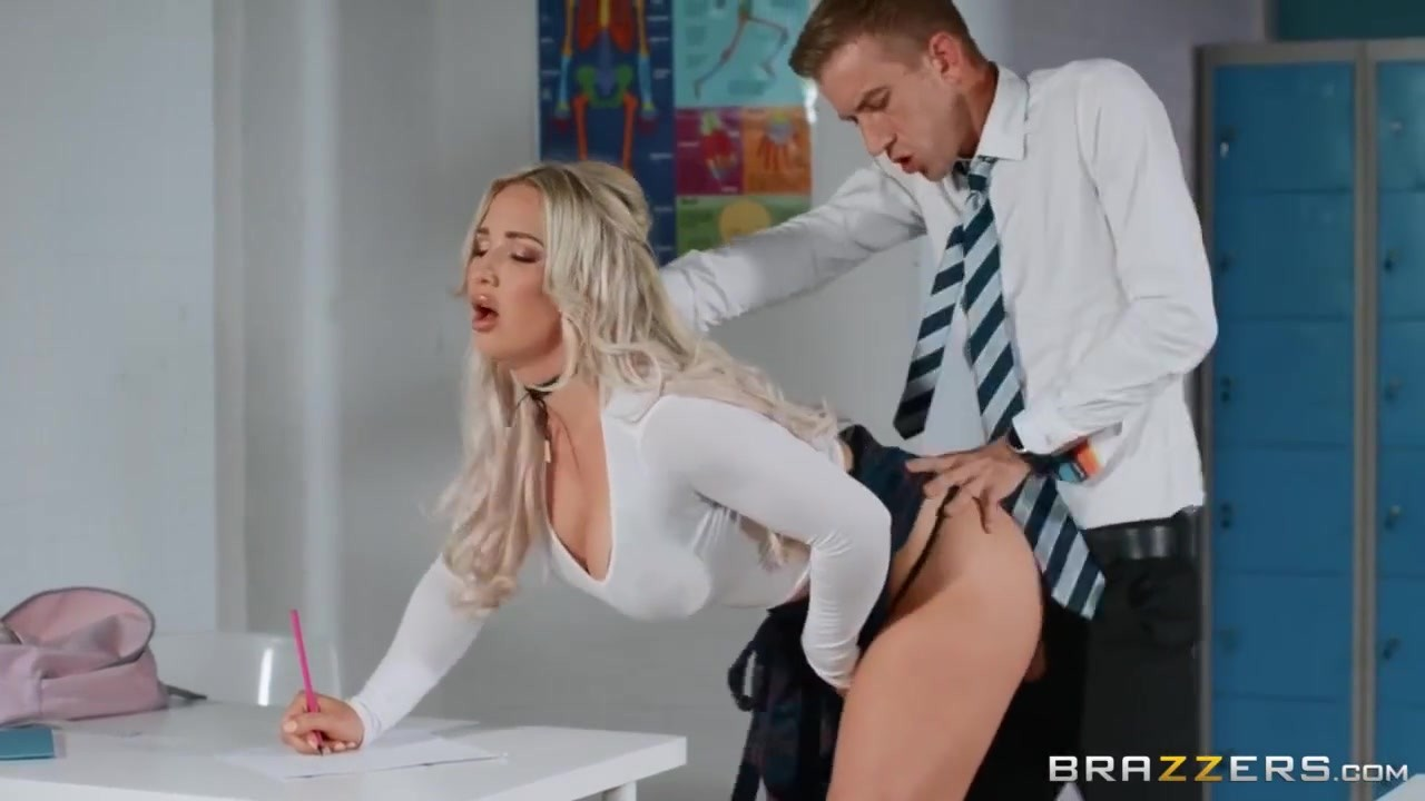 Danny D And Amber Jade - Combines Studding And Making Love With Teacher