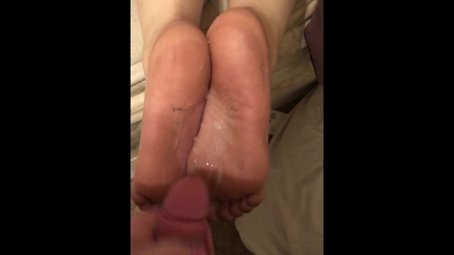 Cumming on my wifes dirty feet and soles 2