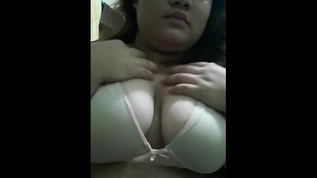 fat pinay whore bounce and shakes her tits for her master