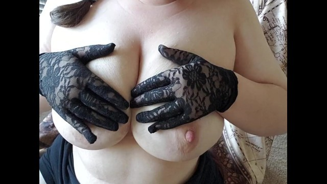 Big Tits- Thicc girl